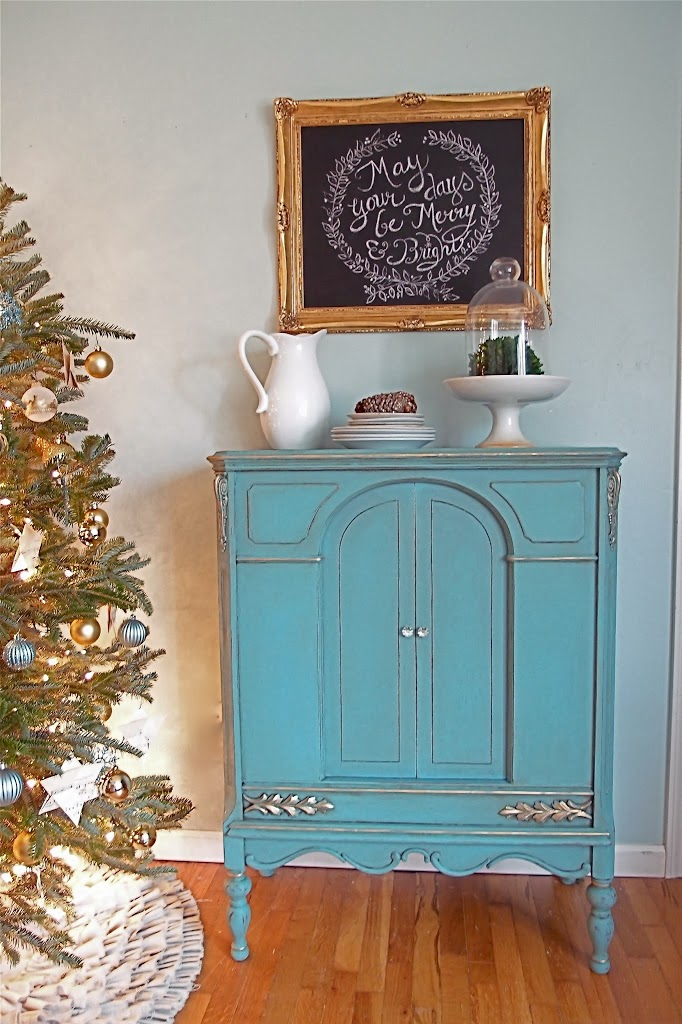 ugly kitchen cabinets turquoise and gold and catching up shades of blue interiors 3001