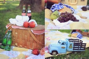 Styling a Family Photo Session: Picnic Theme
