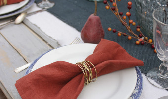 How to Make Gold Wire Napkin Rings