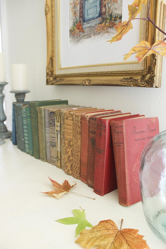Free Fall Printable of Blue Door - Rainbow books