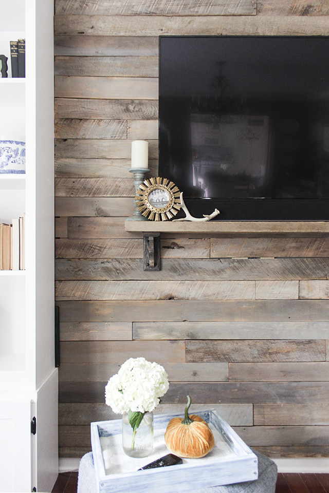 how to build a pallet accent wall. Black Bedroom Furniture Sets. Home Design Ideas