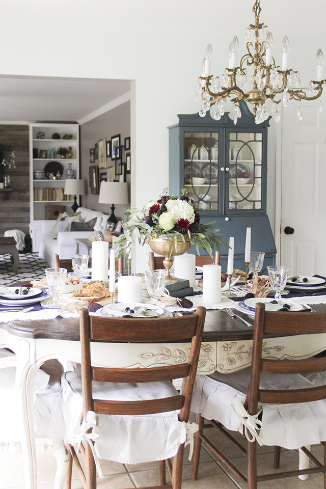 Thanksgiving Table 24