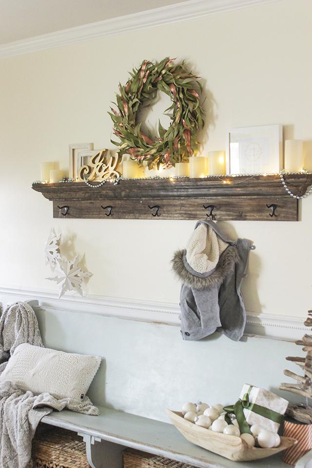 Mantel Shelf With Hooks
