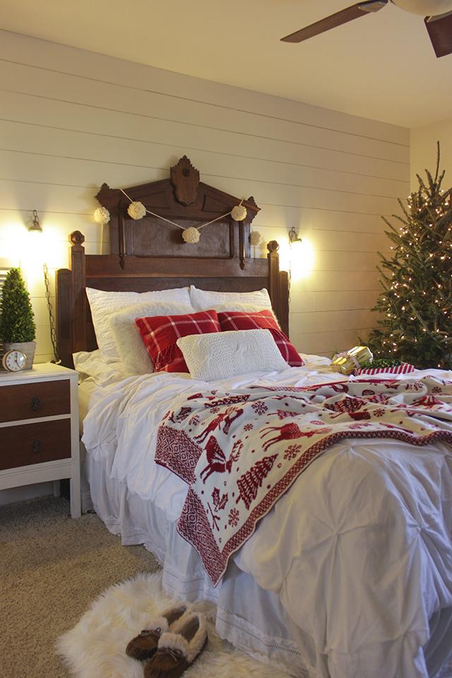 ChristmasBedroom4