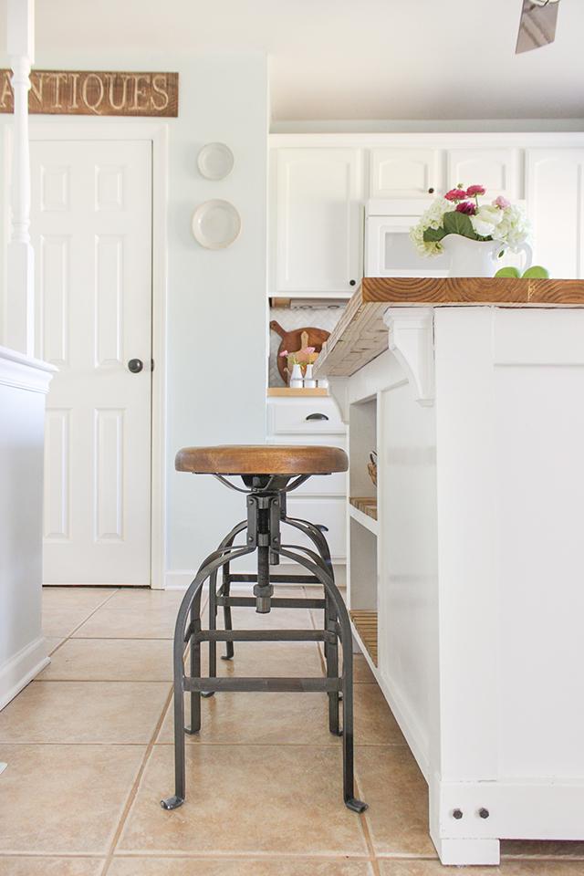 DIY Farmhouse Kitchen Makeover - Industrial Stools