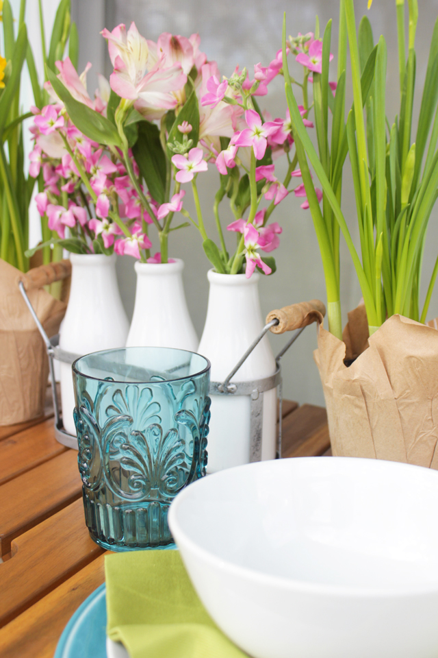 Acrylic tumbler cup with spring florals