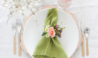 Spring Tablescape and Fresh Floral Napkin Rings