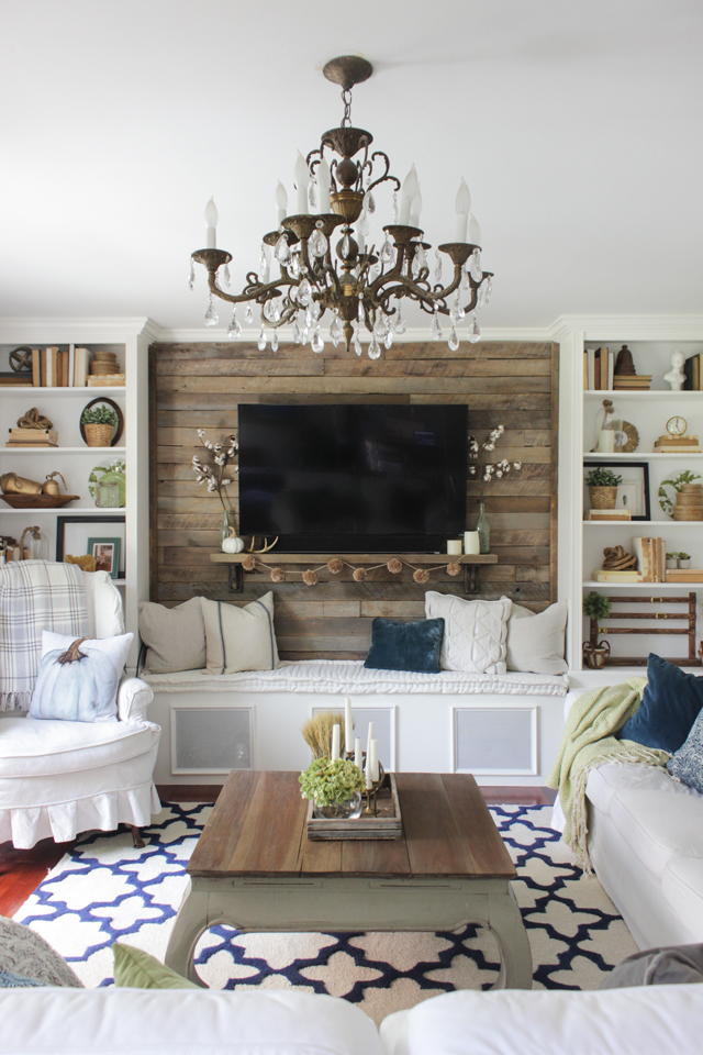 Fall Family room with navy, green and rustic accents