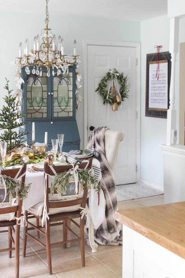 A Fresh Green Christmas Table