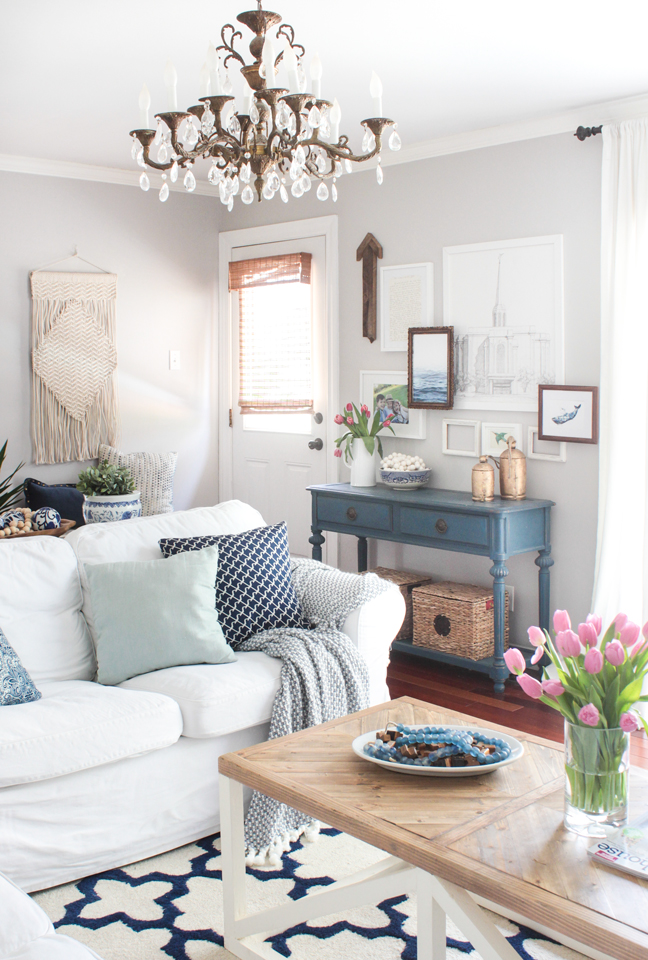 Spring Home Tour 2017 - Shades of Blue Interiors