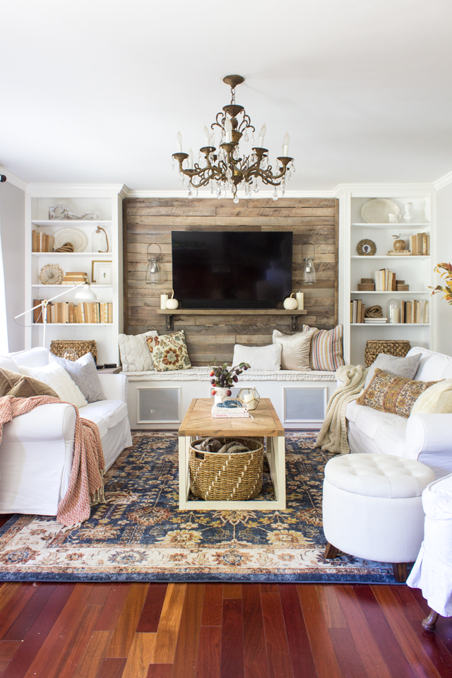Colorful Living Room Decorating Ideas: 2017 Home Tour + How To Incorporate Vibrant Seasonal